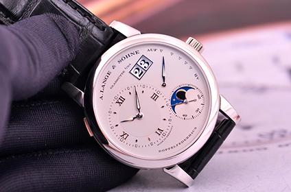 深圳朗格的月相手表回收
